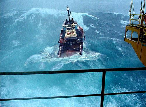 north-sea-oil-platform-supply-ship
