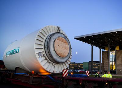 The compact nature of the nacelle for the new wind turbine from Siemens means that it is easier to transport than other systems (image courtesy of Siemens Energy)
