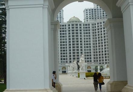 The-Royal-City-Mega-Mall-Project-Hanoi-pic04