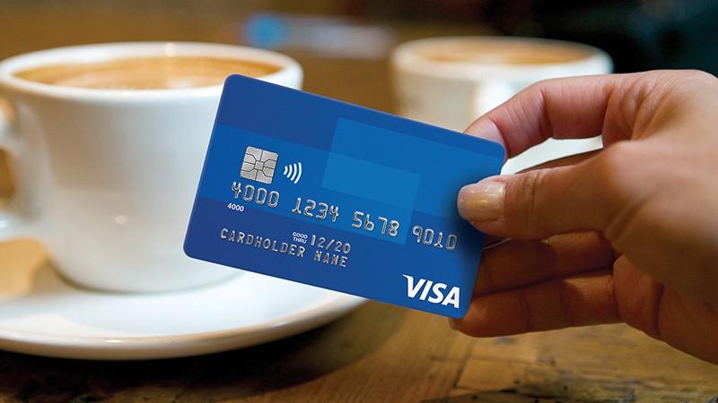 Visa shares slump as it changes Visa Europe deal